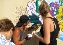 Трэйс Фукухара расписывает стену в Сочи